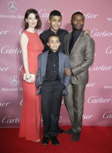 Actor David Oyelowo, his wife Jessica and children pose at the 26th Annual Palm Springs International Film Festival Awards Gala in Palm Springs