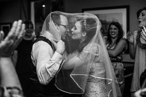 red-lips-and-rock-n-roll-a-vintage-glam-wedding-at-one-of-melbournes-oldest-pubs-971-int